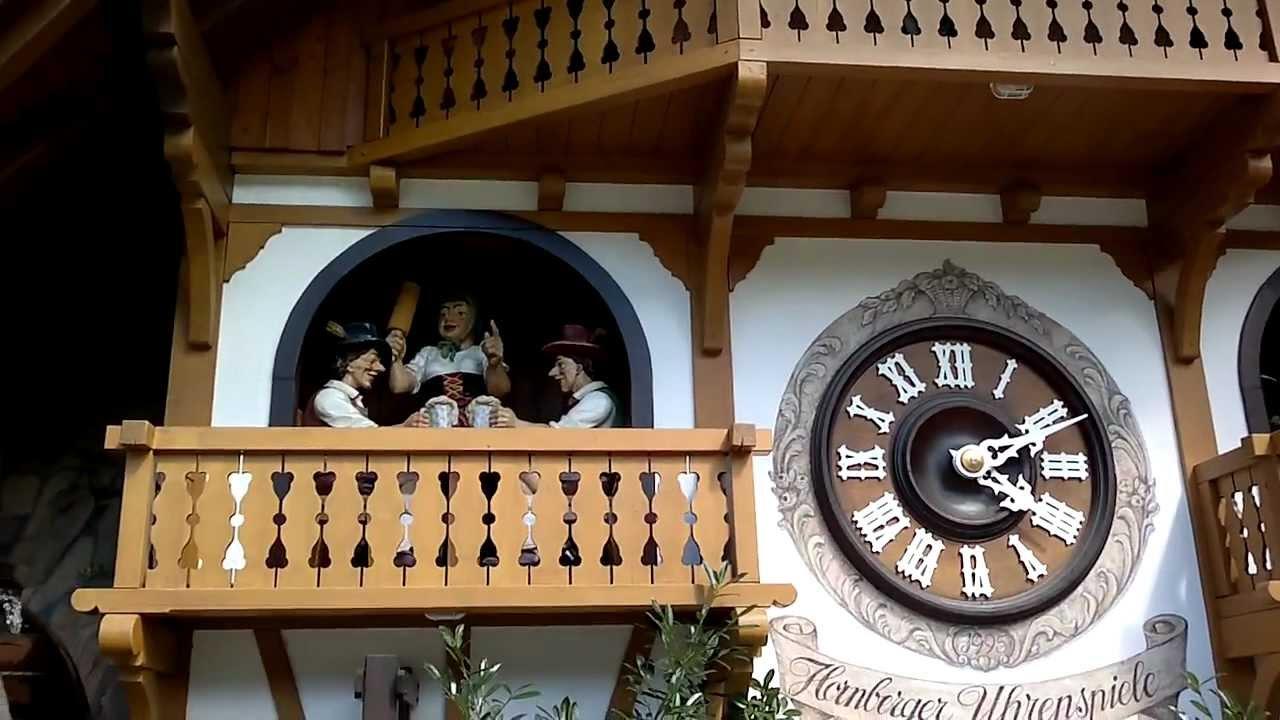 orologio a cucù più grande al mondo(Triberg) - YouTube