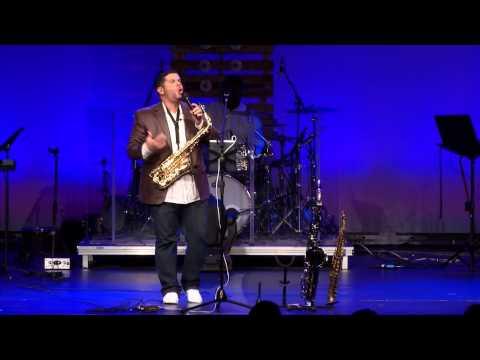 Gabriel Bello Under the Stage Live