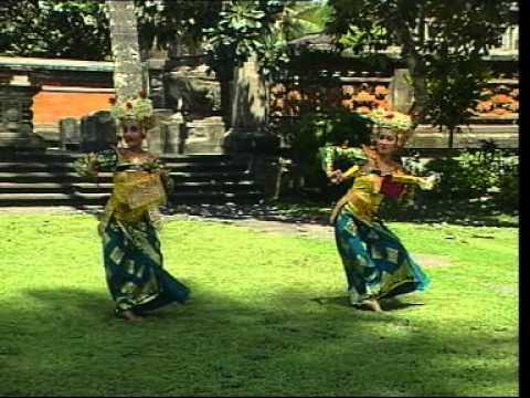 Vacation to Bali : Watch Balinese Dance : Tari Legong Kraton