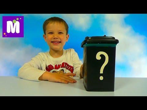 Коробка с игрушками приколами, надоедливыми звуками и пенистым сахаром