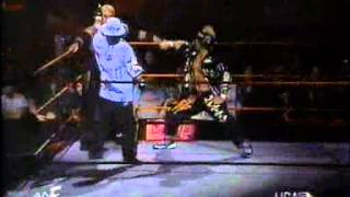Too Cool & Rikishi vs Road Dogg, X-Pac and Triple H