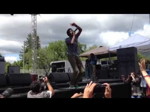 Romain Virgo- Wanna Go Home (live at SNWMF 2012)