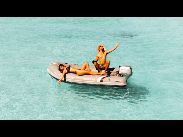 BOAT LIFE: a voyage to the sand bar of your dreams..