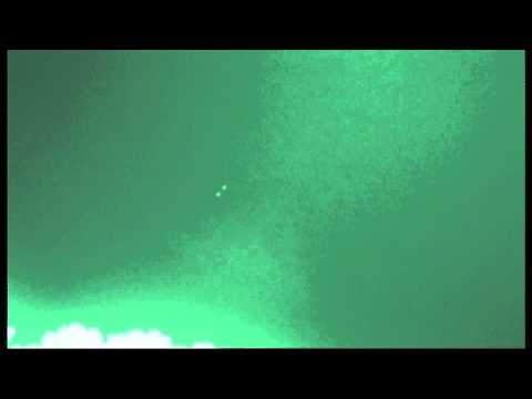 2 Spheres UFO flying formations over Sydney 9  05  2015