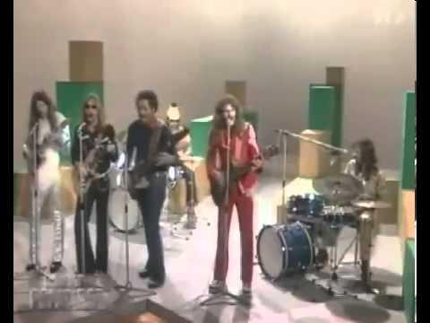 Doobie Brothers   Listen To The Music  1972