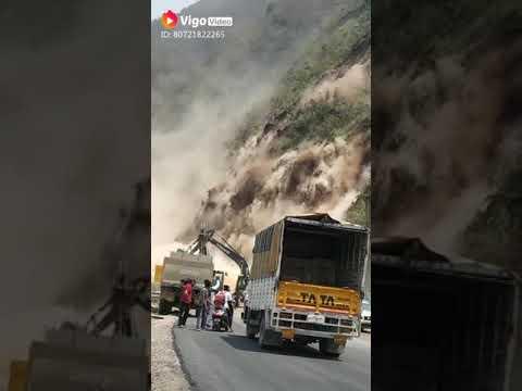 Live Visual Of  Slide On Mugal Road
