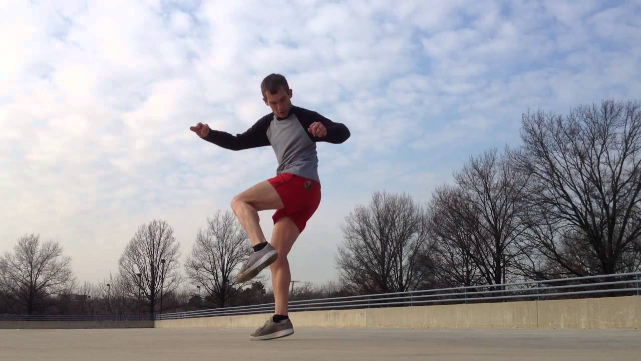seamless footbag hacky sack freestyle juggling tricks