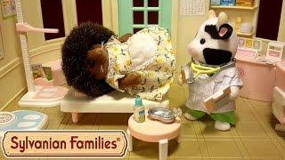 Мама-їжачок захворіла? Мультик з іграшками Sylvanian Families. Слабкими нервами не дивитися!!!
