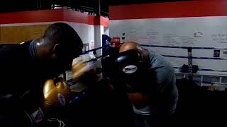 Yahu Blackwell Sparring Pro Colombian Heavy Weight (Pinzon/5-5-1) 1/11/18
