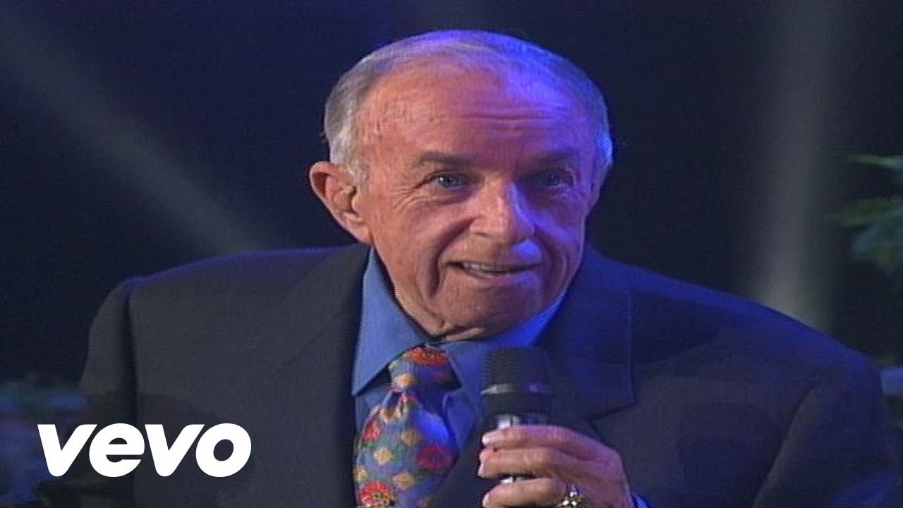 Bill & Gloria Gaither In the Upper Room (feat. The Gatlin Brothers) [Live]