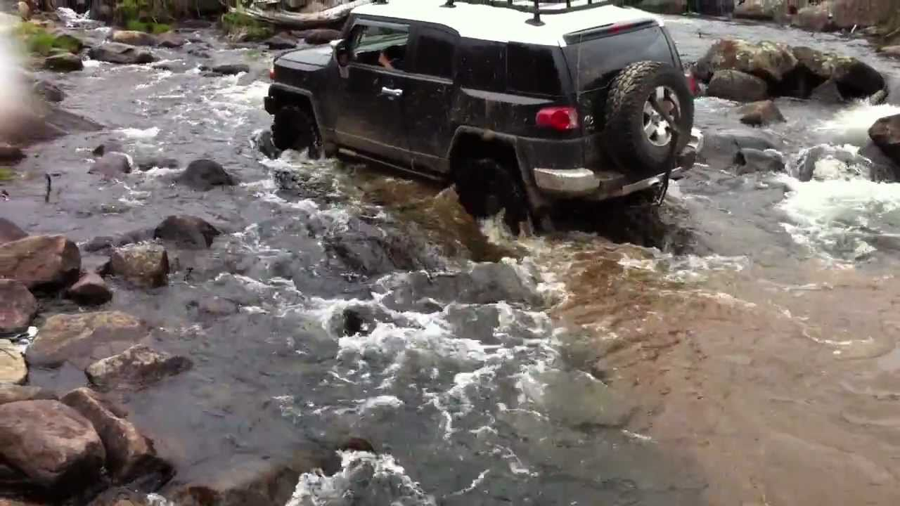 Hummer H3 Toyota Fj Cruiser Off Road 2011 Mont Tremblant