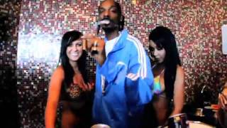 Watch Snoop Dogg Have A Blast video