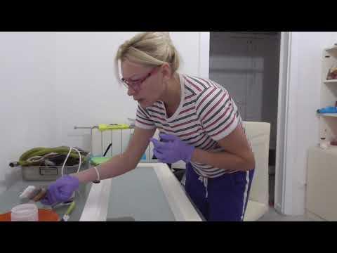 Буфет в кухню ВАЛЕНТИНА✅ Перекрашиваю старый сервант 💜DIY