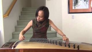 Three Variations of Plum Blossom 梅花三弄 Guzheng Played by Voctoria Li