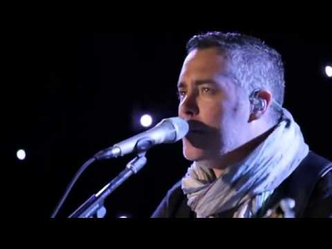 Chris Hadfield and Barenaked Ladies  I.S.S. (Is Somebody Singing) - YouTube2