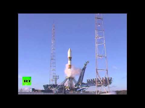 Старт ракеты «Союз-2.1а» с военным спутником на борту
