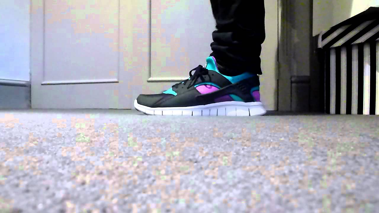 super popular 04745 9b720 Nike Huarache Free Run on feet look - YouTube