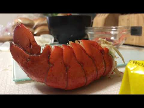 making-lobster-rolls---pregnant-lobster-from-walmart????