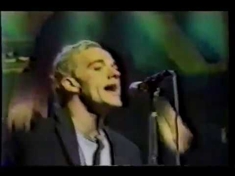 R.E.M. - October 25 1985 - The Tube - Tyne Tree Television Studios - Newcastle England