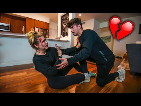 I LOST MY MEMORY PRANK ON BOYFRIEND! **HE CRIES**