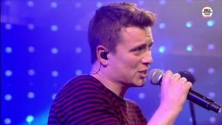 Rode Neuzen Dag: Niels & Wiels - Dansen (live bij Q)
