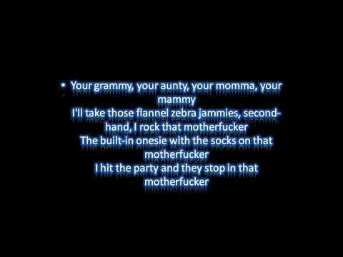 Macklemore - Thrift Shop Ft. Wanz Lyrics On Screen.