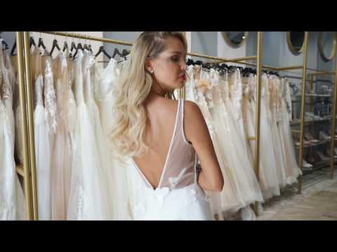 """Мария Погребняк в платье """"бабочки"""" от итальянского бренда Di Light"""