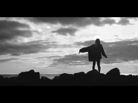 Alvin Sincaplar -Sen Yalnız Ben Yalnız
