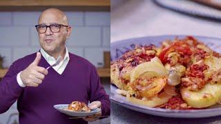 تحميل فيديو طريقة عمل صنية البطاطس بالفراخ مع الفنان أشرف عبد الباقي - مطبخ مصر 🍜