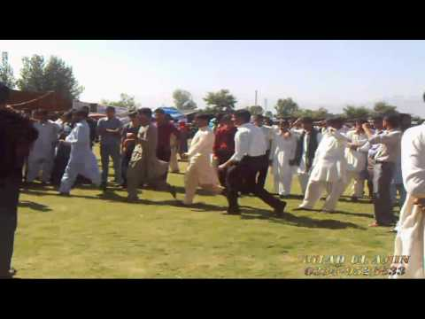 ATTAN IN HAZARA UNIVERSITY MANSEHRA GRAND FUN FAIR PROGRAMS 2011HD mkv
