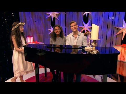Angelina Jordan - Silent Night (NRK TV Dec 25, 2014)