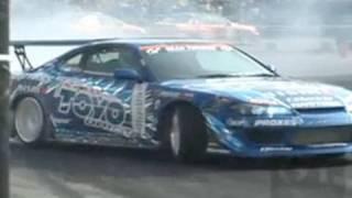 Hot Model Lisa & Dai - D1GP Drifting - Tokyo Auto Salon 2008