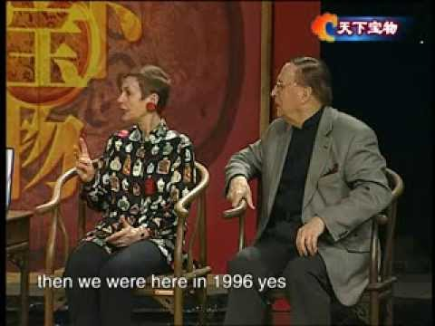 The President of internat Chinese Snuff Bottle Society Berthe H.Ford talk shows in Xi'an