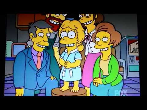 Lisa Simpson - I Am Their Queen (The President Wore Pearls)