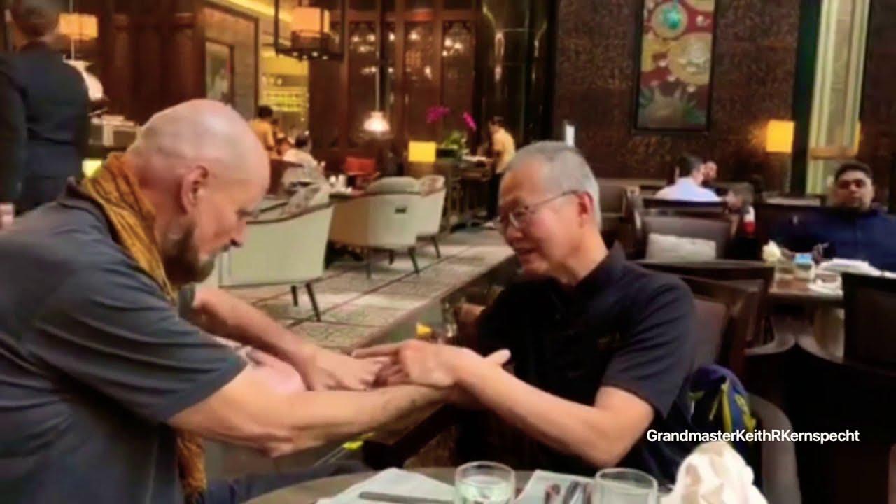 Download GrandmasterKeithRKernspecht WingTsun and Wu Mei / 5 Ancestors friendly talking with their hands