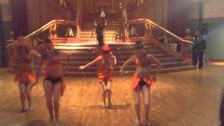 mackenzie maddie kendall and kalani preform stomp the yard at aldc meet and greet in ireland