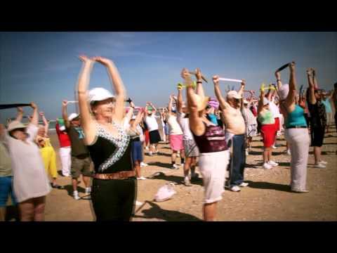 gimnasia-para-mayores:-día-en-la-playa