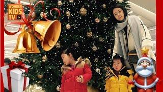 크리스마스를 기다리는 재이와 지수. we wish you a merry christmas.