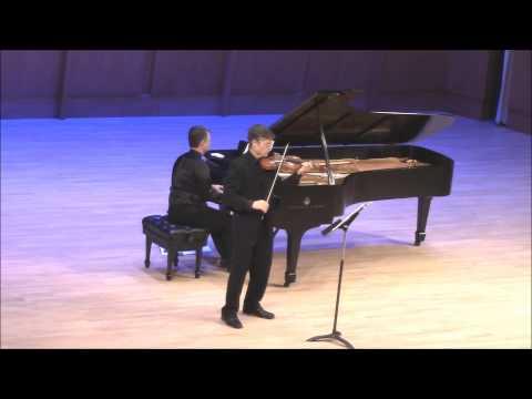 Mozarts TwelveTone Row for violin and piano