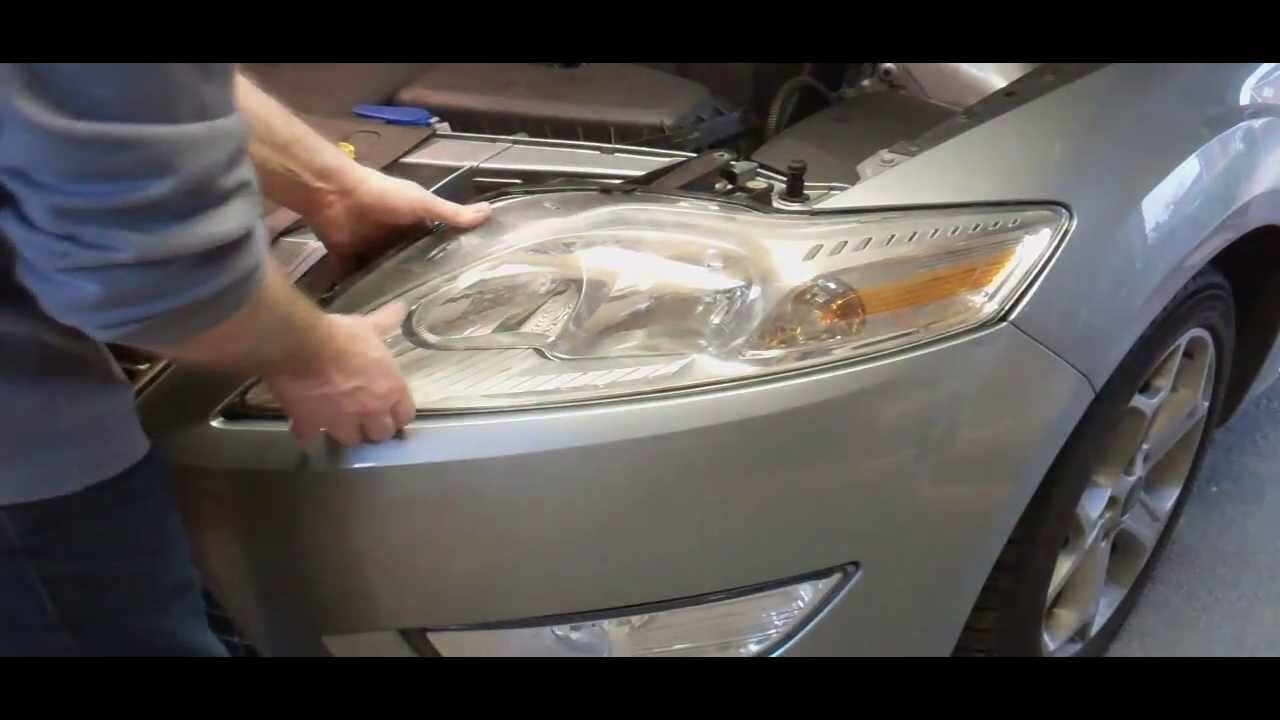 Replacing Car Headlight Bulbs  Ford Mondeo Mk4 MkIV 2007