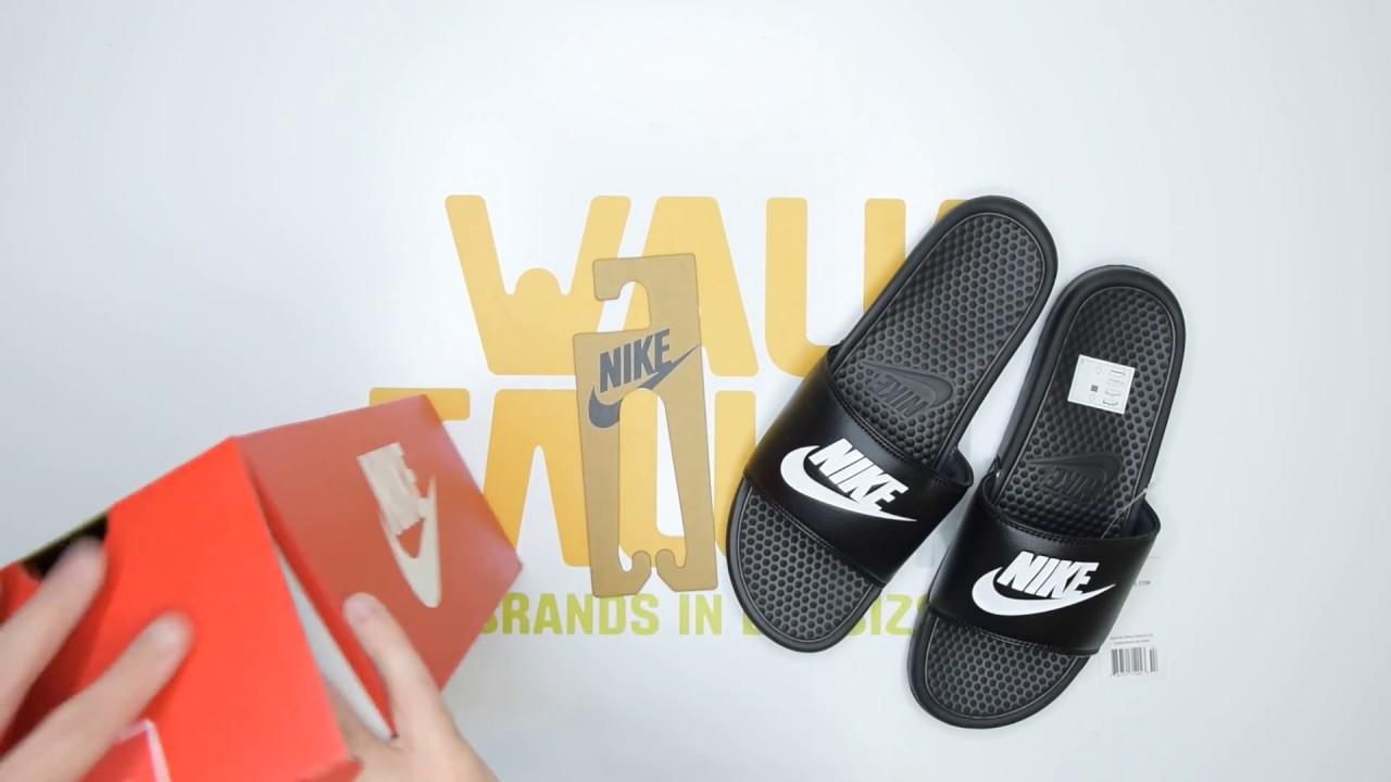 size 40 8d7d0 abf06 Nike Benassi