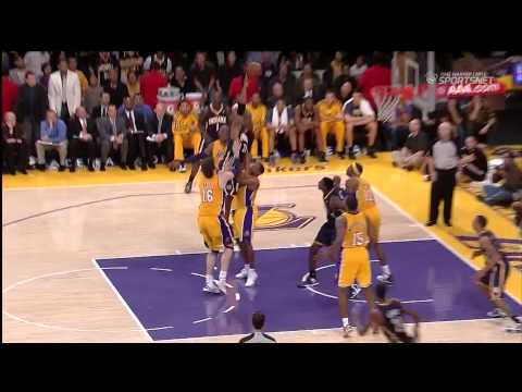 11 27 2012   Pacers vs  Lakers   Chris Duhon Blocking Foul That Clearly Isn