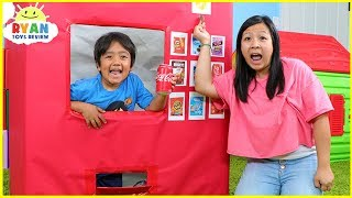 Ryan Pretend Play with Giant Vending Machine Kids Toy!!!