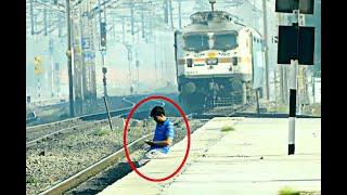 ट्रेन से डर नहीं लगता साहब | Not Afraid of Trains | Indian Railways