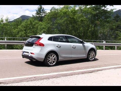 Volvo V40 D4 roadtest (English subtitled)
