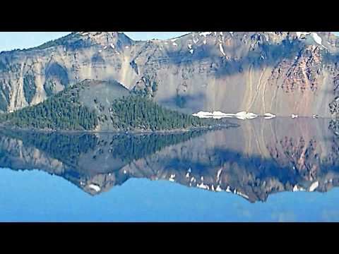 Crater Lake national park: sunrises and sunsets in southern Oregon while hiking, camping  & travell