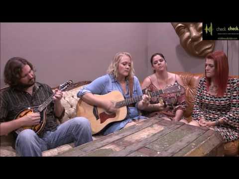Calamity Janes - Pullin' Weeds (Unplugged)