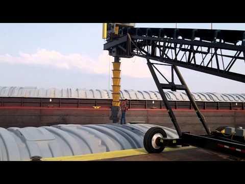 Barge loading 2