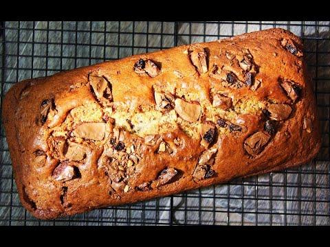 chocolate-chip-fruit-nut-banana-bread-|-caribbeanpot.com