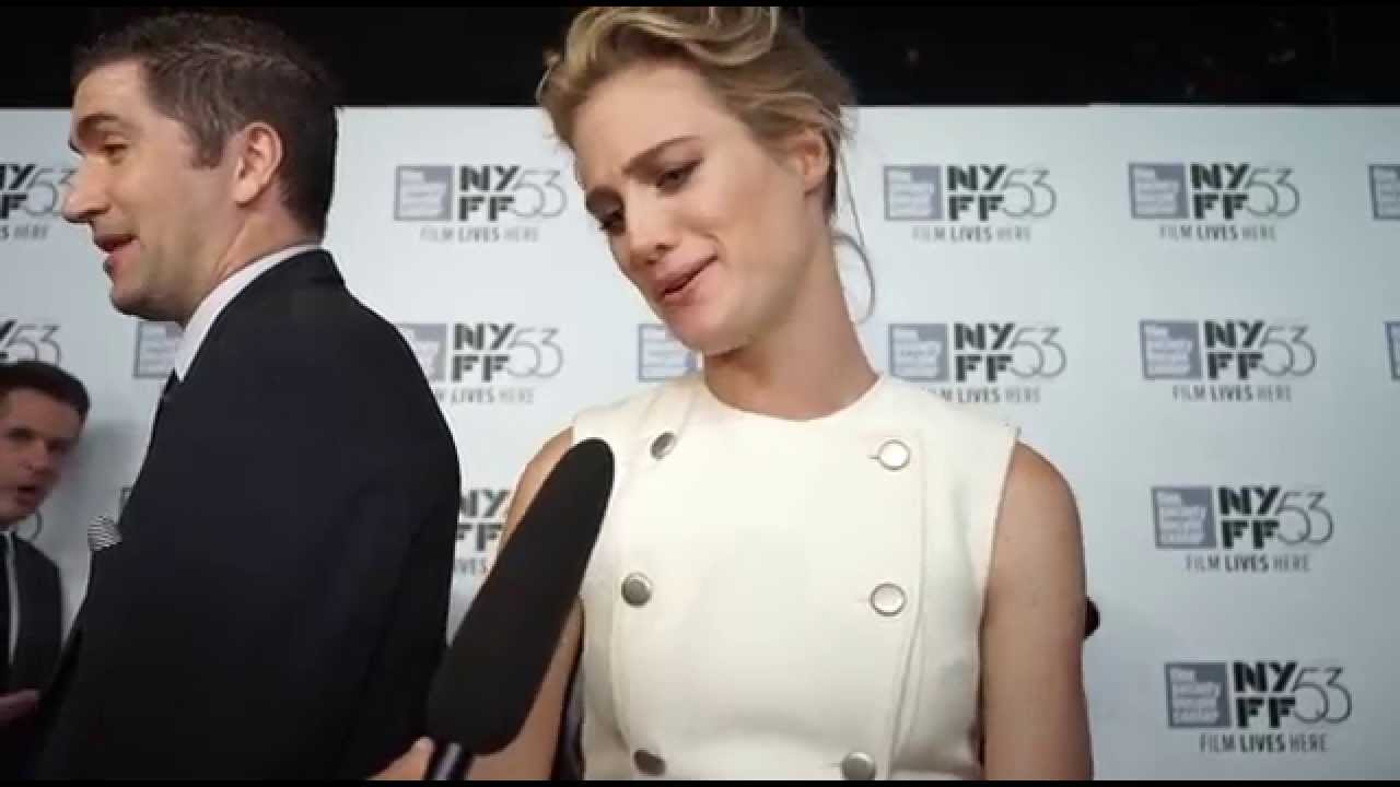 Mackenzie Davis | 'The Martian' Red Carpet | NYFF53